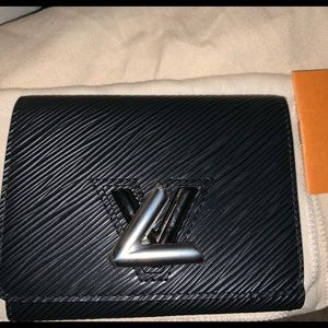 Louie Vuitton wallet